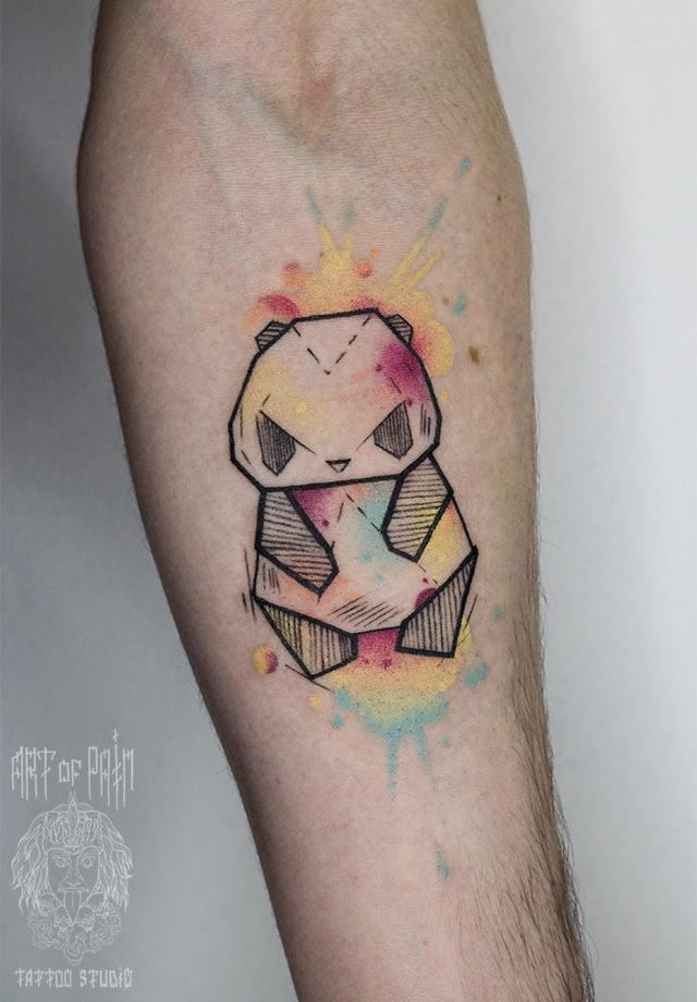 татуировка женская акварель на предплечье панда