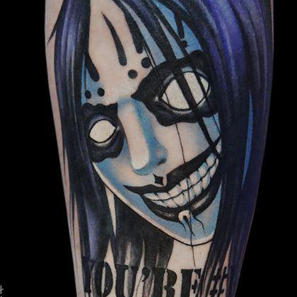 Татуировка женская акварель на руке аниме