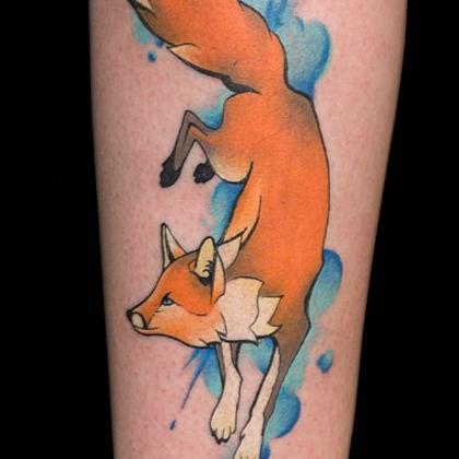 Татуировка женская акварель на предплечье лиса