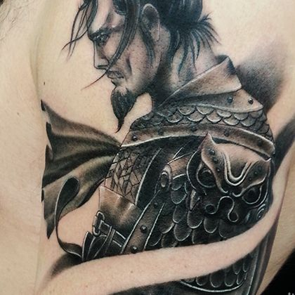 Татуировка мужская Black&Grey на плече самурай