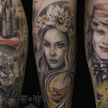 Татуировка женская реализм на ноге алиса