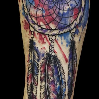 Татуировка мужская акварель на предплечье ловец снов