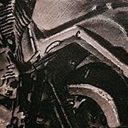 Татуировка мужская black&grey на предплечье мотоцикл