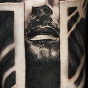 Татуировка мужская чикано на предплечье Иисус