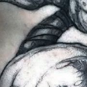 Татуировка мужская графика на плече демон