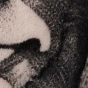 Татуировка женская графика на плече портрет