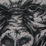 Татуировка женская графика на бедре животные