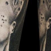 Татуировка мужская хорор на предплечье монстр