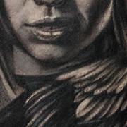 Татуировка мужская black&grey на предплечье ангел кавер