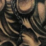 Татуировка мужская реализм на плече викинг