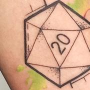 Татуировка женская графика на предплечье геометрия