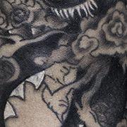 Татуировка женская япония на предплечье дракон