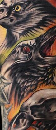 Татуировка мужская фентези на предплечье птицы