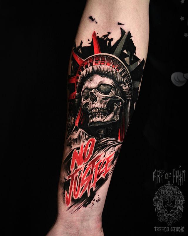 Татуировка мужская реализм и чикано на предплечье череп – Мастер тату: Слава Tech Lunatic
