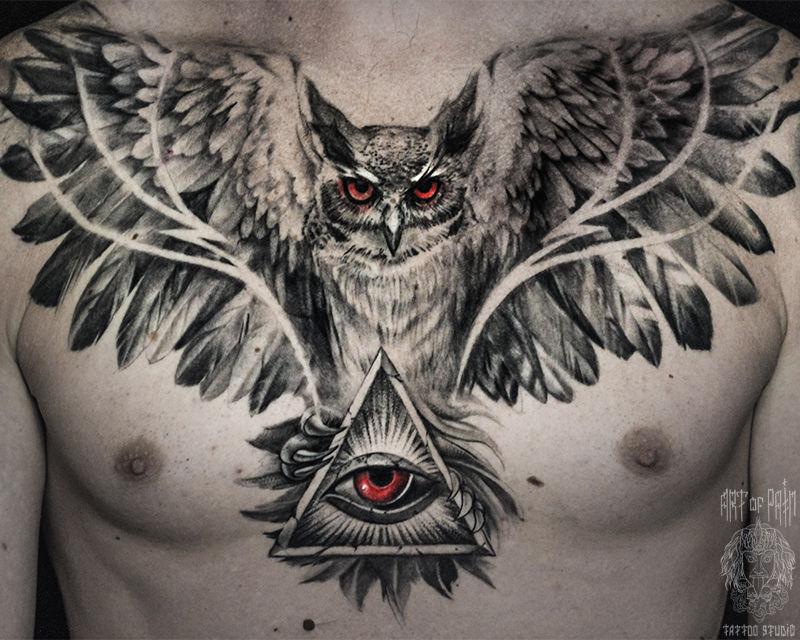 Татуировка мужская чикано на груди сова и глаз – Мастер тату: Слава Tech Lunatic