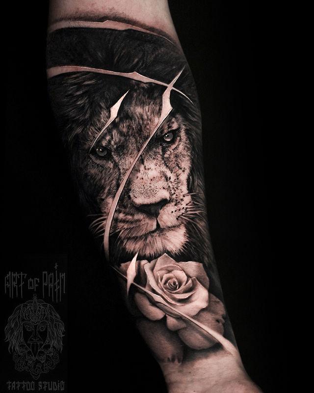 Татуировка мужская реализм на предплечье лев – Мастер тату: Слава Tech Lunatic