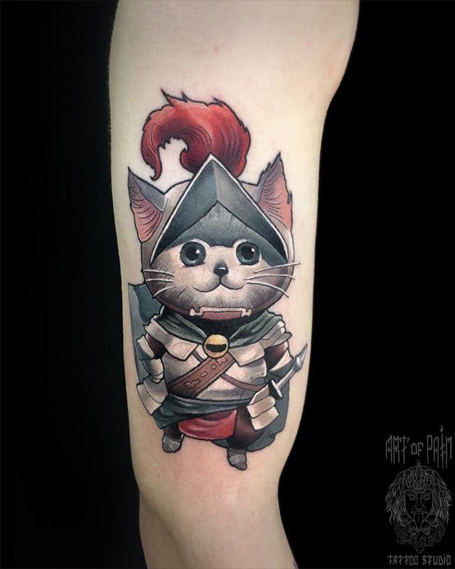 Татуировка мужская нью скул на плече котик – Мастер тату: Serenna Vortex