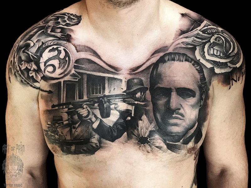 Татуировка мужская реализм на груди Крестный Отец – Мастер тату: Вадим Борисочкин