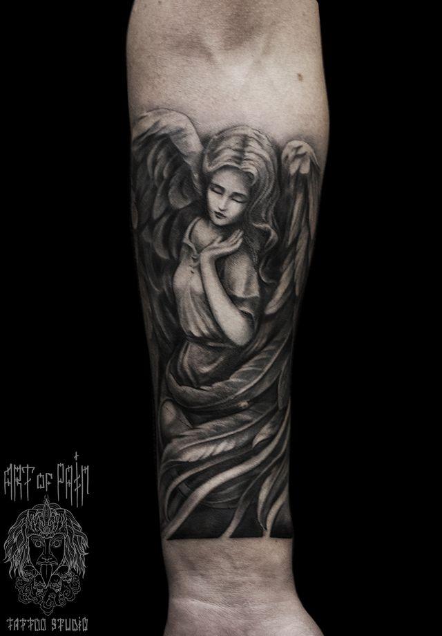 Татуировка мужская Black&Grey на предплечье девушка ангел – Мастер тату: