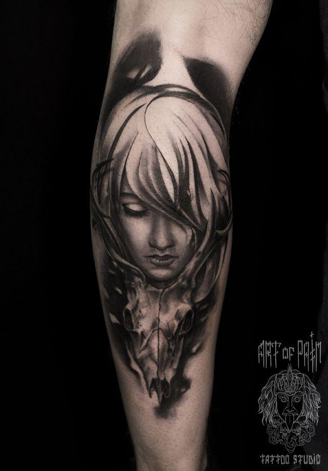 Татуировка мужская Black&Grey на икре девушка – Мастер тату: Слава Tech Lunatic