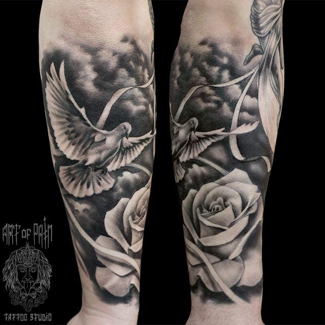 Татуировка мужская Black&Grey на предплечье голубь – Мастер тату: