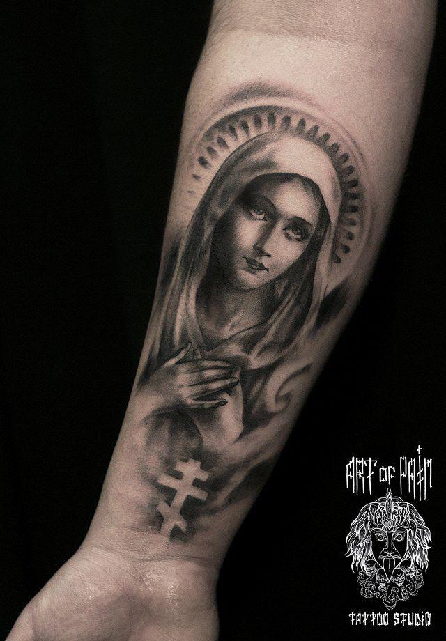 Татуировка мужская чикано на плече православная Мадонна – Мастер тату: Слава Tech Lunatic