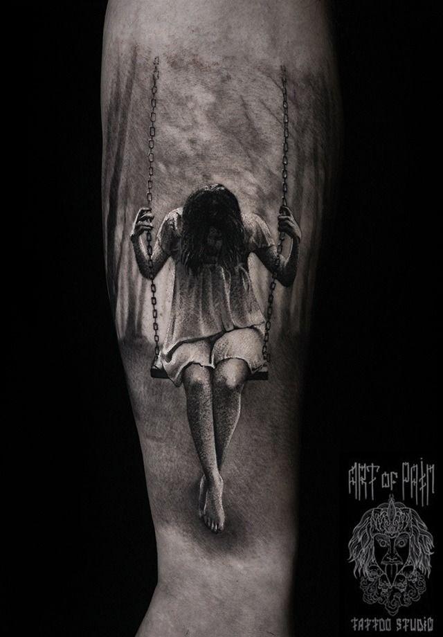 Татуировка мужская реализм на предплечье девушка на качелях – Мастер тату: Слава Tech Lunatic