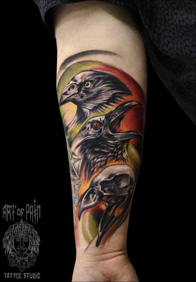Татуировка мужская фентези на предплечье птицы – Мастер тату: Слава Tech Lunatic