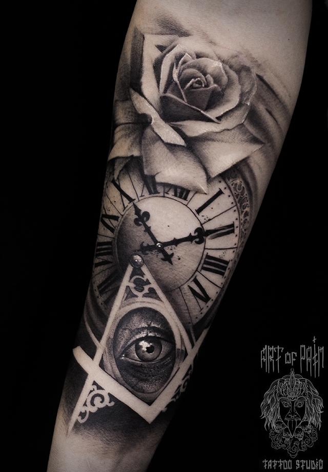 Татуировка мужская black&grey на предплечье роза, часы, глаз – Мастер тату: Слава Tech Lunatic