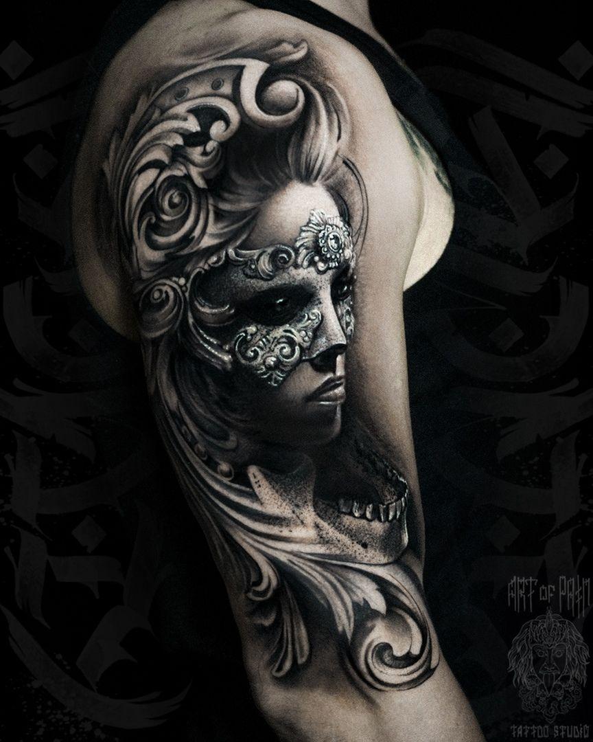 Татуировка мужская реализм на плече девушка в маске – Мастер тату: Слава Tech Lunatic