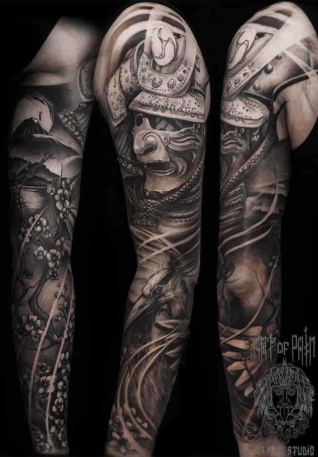 Татуировка мужская black&grey тату-рукав самурай и журавль – Мастер тату: Слава Tech Lunatic