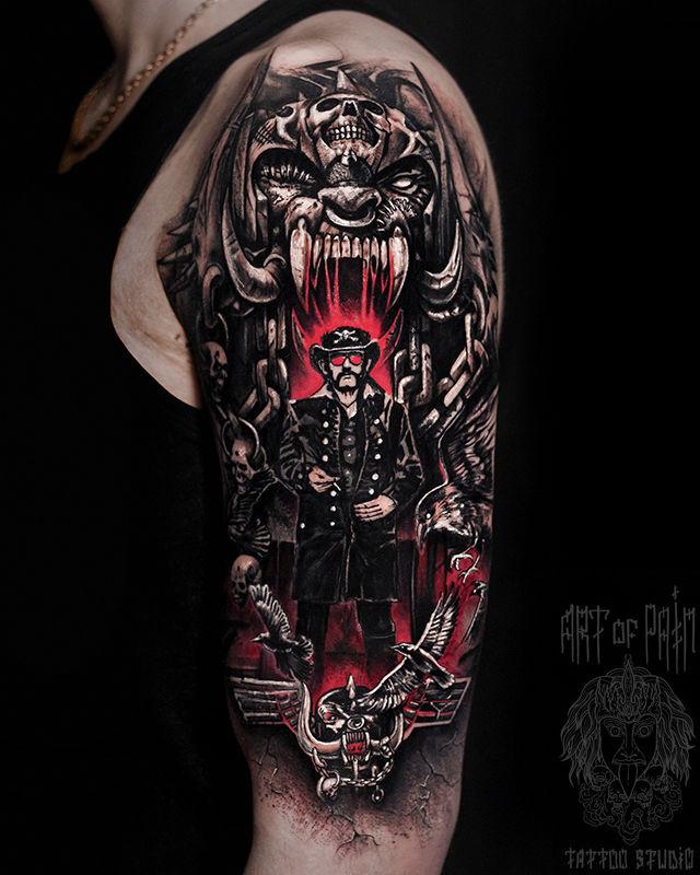 Татуировка мужская треш полька на плече Лемми Моторхэд – Мастер тату: Слава Tech Lunatic