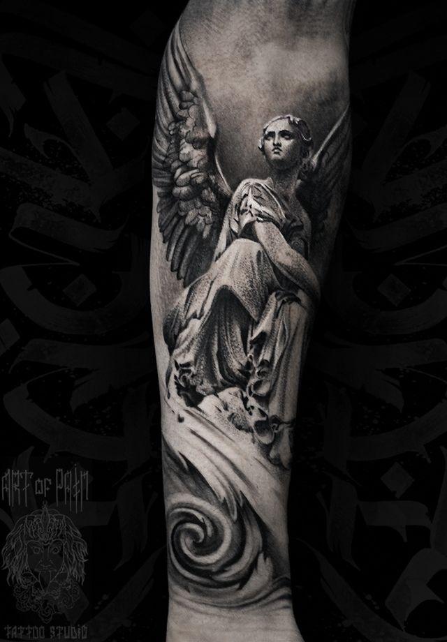 Татуировка мужская black&grey на предплечье ангел – Мастер тату: Слава Tech Lunatic
