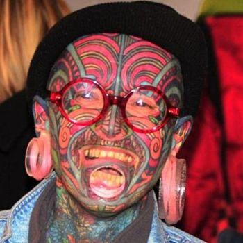 ТОП-10 самых татуированных людей мира